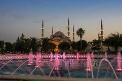 Sultan Ahmet Mosque sur le coucher du soleil Photos stock