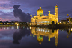 Sultan Omar Ali Saifuddien Mosque in Brunei stock foto