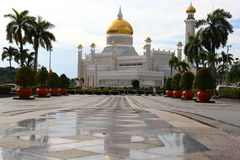 Sultan Omar Ali Saifuddien Mosque - by Day stock photography