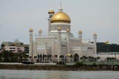 Sultan Omar Ali Saifuddin Mosque en Bandar Seri Begawan - le Brunei photographie stock
