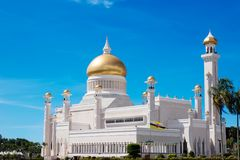 Sultan Omar Ali Saifuddin Mosque i Brunei Darussalam Arkivfoton