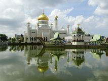 Sultan Omar Ali Saifudding Mosque, Bandar Seri Begawan, Brunei fotos de archivo