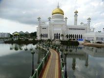 Sultan Omar Ali Saifudding Mosque, Bandar Seri Begawan, Brunei images libres de droits