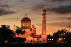 Sultan Omar Ali Saifudding Mosque with lights, Ban Royalty Free Stock Photos
