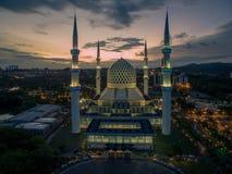Sultan Salahuddin Abdul Aziz Shah-Moskee, Sjah Alam, Selangor, Maleisië Royalty-vrije Stock Afbeeldingen
