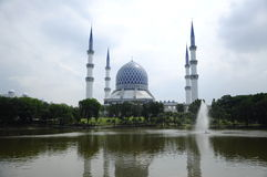 Sultan Salahuddin Abdul Aziz Shah Mosque a.k.a Shah Alam Mosque Royalty Free Stock Photo