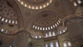 Sultanahmet Meczetowy wnętrze w Istanbuł Turcja zbiory wideo