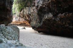 Suluban strand Bali Indonesien Arkivbilder