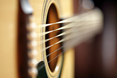Sumário da guitarra acústica Imagens de Stock Royalty Free