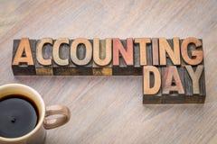Sumário da palavra do dia de contabilidade no tipo de madeira Imagem de Stock Royalty Free
