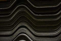 Sumários empilhados de telhas de telhado imagem de stock