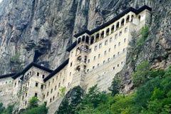 Sumela Monastery på den Black Sea kusten av Turkiet royaltyfria bilder