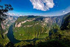 从Sumidero峡谷上的看法-恰帕斯州,墨西哥 库存照片