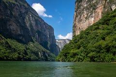 Sumidero kanjon - Chiapas, Mexico Royaltyfria Bilder