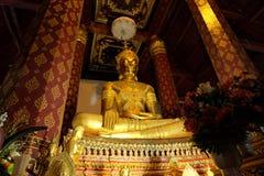 Sumisión de la imagen de Mara Buddha de los hPhramen de Wat Na fotografía de archivo libre de regalías