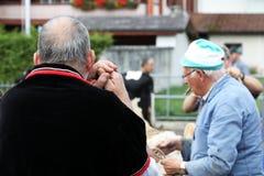 Sumiswald, Zwitserland, 14 September 2018: Sluit omhoog van een landbouwer stock foto's