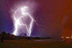 Summber молнии среднее Стоковая Фотография