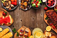 Free Summer BBQ Or Picnic Food Frame Over A Rustic Wood Background, Top Down View With Copy Space Stock Photography - 183773102