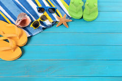 Summer beach background flip flops sunglasses sunbathing copy space Royalty Free Stock Photography