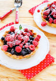 Summer cakes with fresh berries Royalty Free Stock Photos