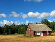 Summer cottage. On a sunny day Royalty Free Stock Photography