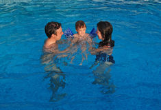 Summer day in a swimming pool Royalty Free Stock Photos
