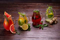 Summer drinks with ice Royalty Free Stock Photos
