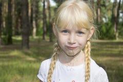 blonde-girl-in-pigtails-pooping-videos