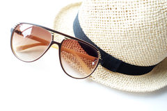Summer hat with sunglasses Royalty Free Stock Photos