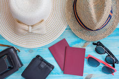 Summer hats  and other travel accessories Royalty Free Stock Photography