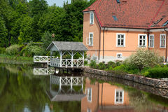 Summer house on the lake Royalty Free Stock Photo