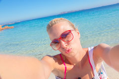 Summer kiss selfie. Royalty Free Stock Images