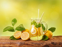 Summer lemon drink Royalty Free Stock Photos