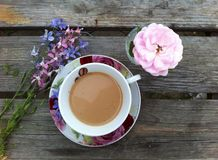 Summer morning coffee in the open air Royalty Free Stock Photography