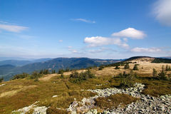 Summer mountain ridge and blue sky Royalty Free Stock Images