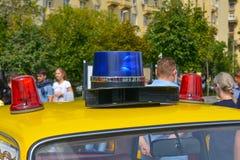 Summer på den sovjetiska polisbilen Fotografering för Bildbyråer
