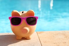 Summer piggy bank Royalty Free Stock Photos