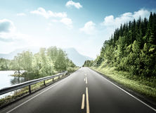 Summer road in mountain Royalty Free Stock Photos