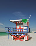 Summer scene with a lifeguard house in Miami Beach Royalty Free Stock Photos
