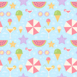 Summer seamless pattern with flat vacation icons Stock Images