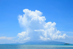 Summer seascape with blue sky background Royalty Free Stock Photos