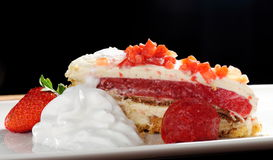 Summer strawberry cake Royalty Free Stock Photography