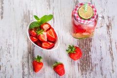 Summer strawberry lemonade Royalty Free Stock Images