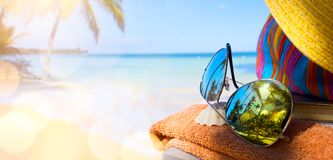 Summer vacation; enjoy happy holiday on the Summer beach Royalty Free Stock Photography