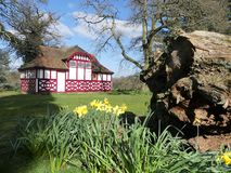 Summerhouse basó en una casa de té japonesa, estado de la casa de Chorleywood foto de archivo libre de regalías