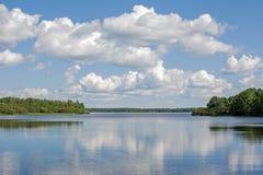 Summertime lake Royalty Free Stock Photos