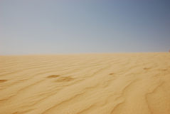 Summertime Sahara desert in Tunisia Royalty Free Stock Photography