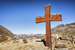 Free Summit Cross Stock Photography - 37219522