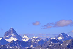 Summits, Glaciers and blue skies Royalty Free Stock Images
