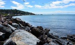Sumner kustkust Christchurch - Nieuw Zeeland stock foto's